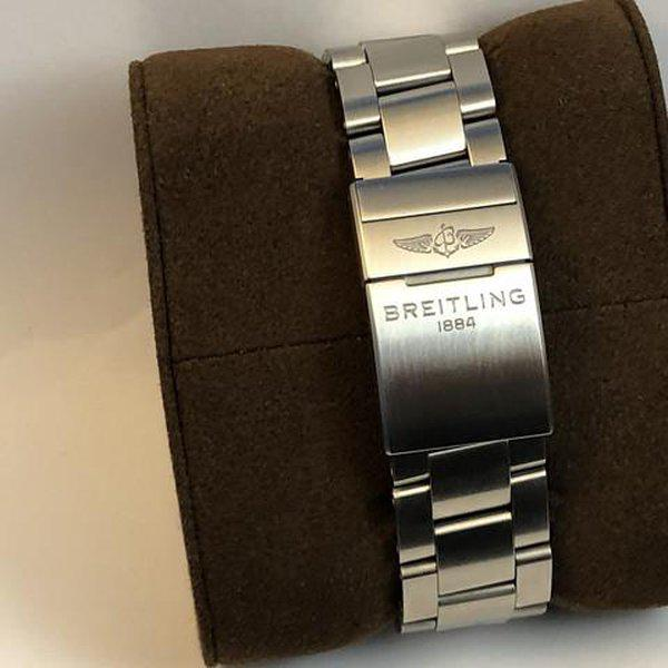FS: LNIB Breitling A13385 Avenger  II Chonograph 43, Steel, Bracelet, Black Dial, Complete. 13