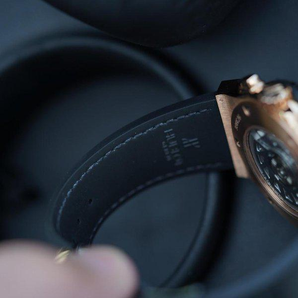 FS: Excellent condition Hublot Classic Fusion Rose Gold Silver Dial 541.OX.2610.LR. 3