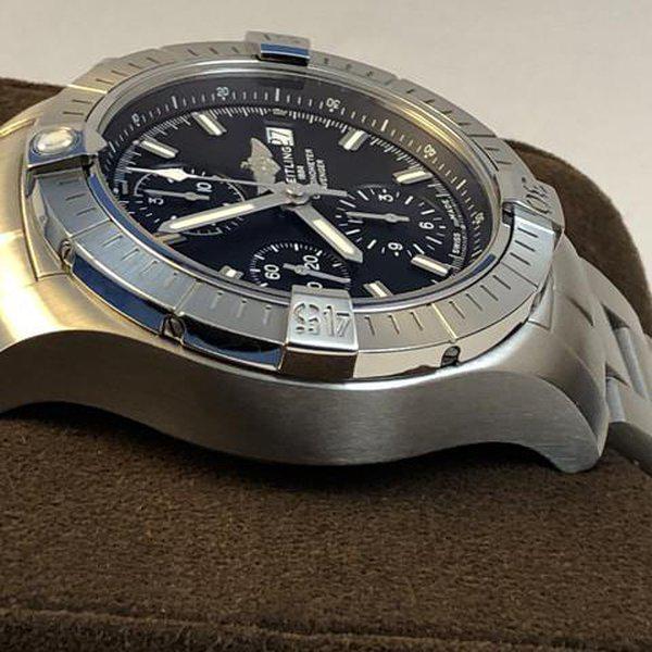FS: LNIB Breitling A13385 Avenger  II Chonograph 43, Steel, Bracelet, Black Dial, Complete. 9