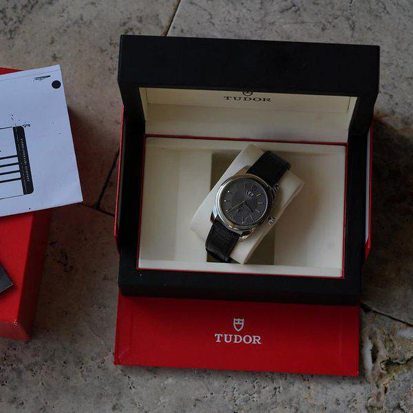 FS: Tudor M57000 Double Date 42MM Gray Dial. 4