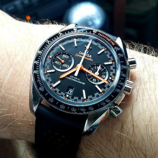 Omega Speedmaster Racing Co-axial Master Chronometer Chronograph 44.25mm  3