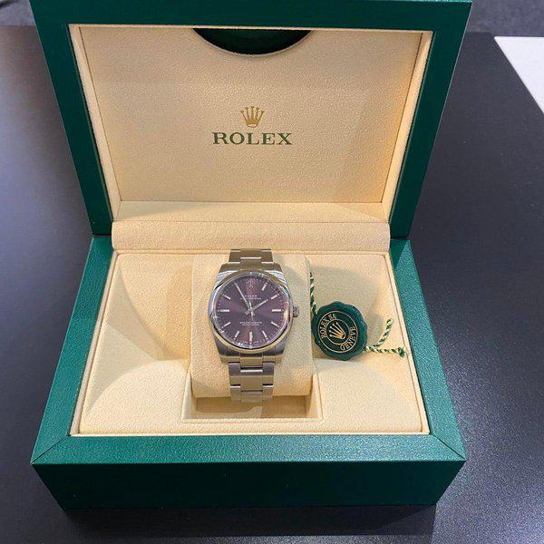 [WTS] Rolex Oyster Perpetual 34mm Purple Dial 114200 2018 3