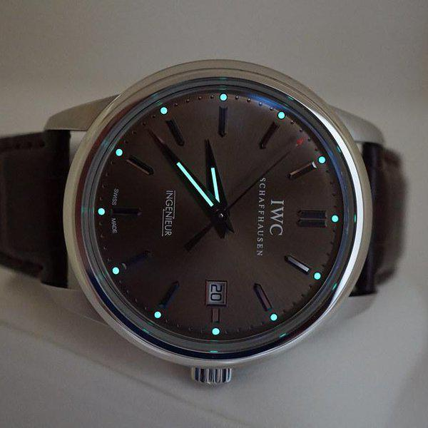 FSOT:IWC Ingenieur AUTOMATIC IW323311 LIMITED EDITION CHOCOLATE DIAL STEEL FULL SET 11