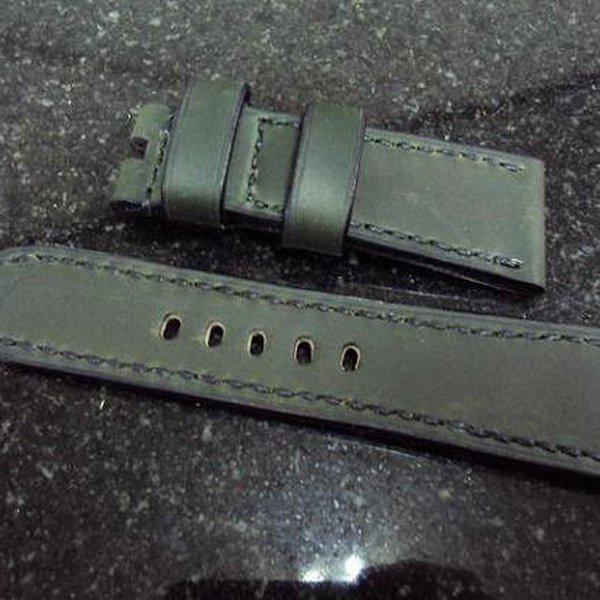 FS: Panerai custom straps A480~A494 include crocodile straps,olive green & dark gray straps. Cheergiant straps 11
