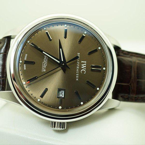 FSOT:IWC Ingenieur AUTOMATIC IW323311 LIMITED EDITION CHOCOLATE DIAL STEEL FULL SET 9