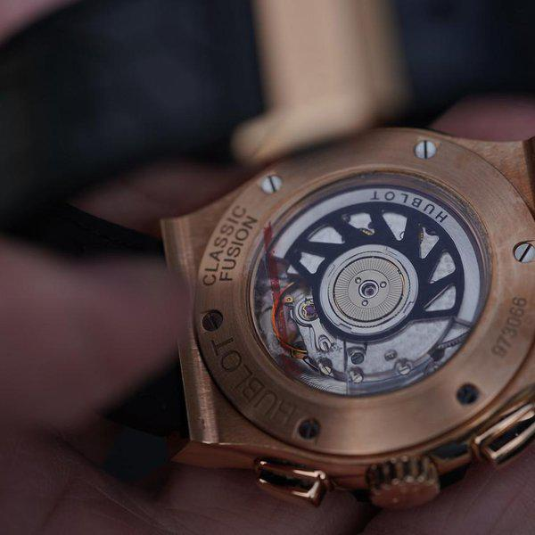 FS: Excellent condition Hublot Classic Fusion Rose Gold Silver Dial 541.OX.2610.LR. 2