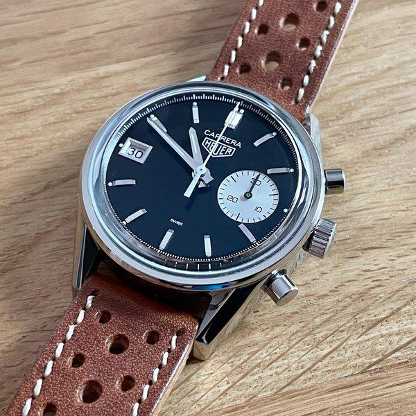 FS: Hodinkee / Heuer Carrera Dato Limited Edition of 250 - Full Kit w/ racing strap and vintage Heuer buckle 5