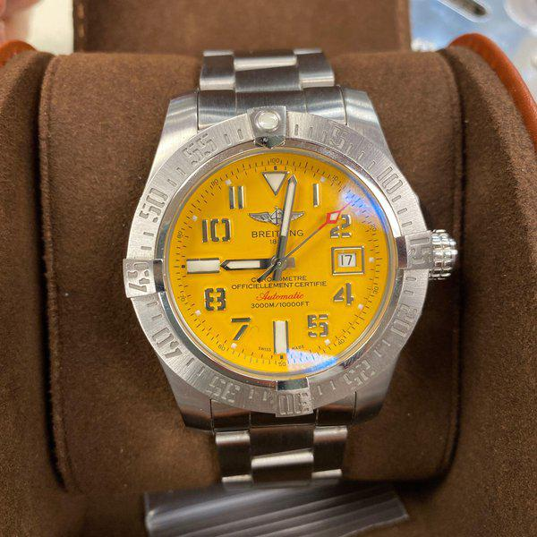 FS: BREITLING YELLOW DIAL A17331 AVENGER II 1