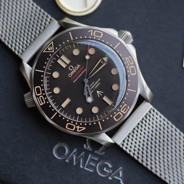 FS: LNIB Omega 007 Seamaster Diver 300M 210.90.42.20.01.001 1