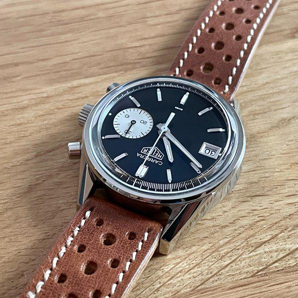 FS: Hodinkee / Heuer Carrera Dato Limited Edition of 250 - Full Kit w/ racing strap and vintage Heuer buckle 3