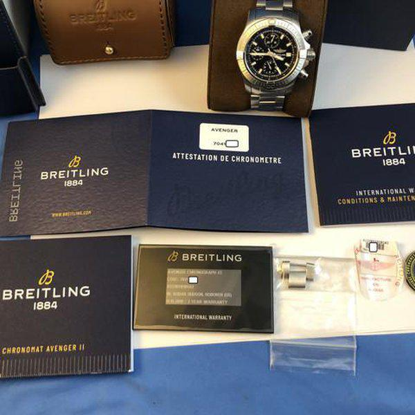 FS: LNIB Breitling A13385 Avenger  II Chonograph 43, Steel, Bracelet, Black Dial, Complete. 5