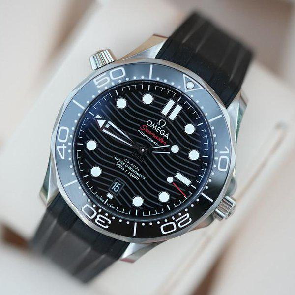 FS: Unworn Omega Seamaster Diver 300m Co-Axial Master Chronometer 42mm 210.32.42.20.01.001. 1